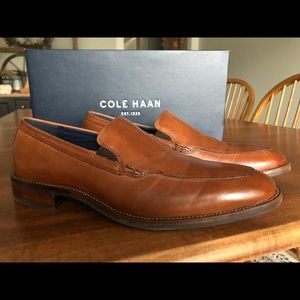 BRAND NEW Cole Haan Loafers